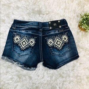 Miss Me Jean Shorts Sz 27